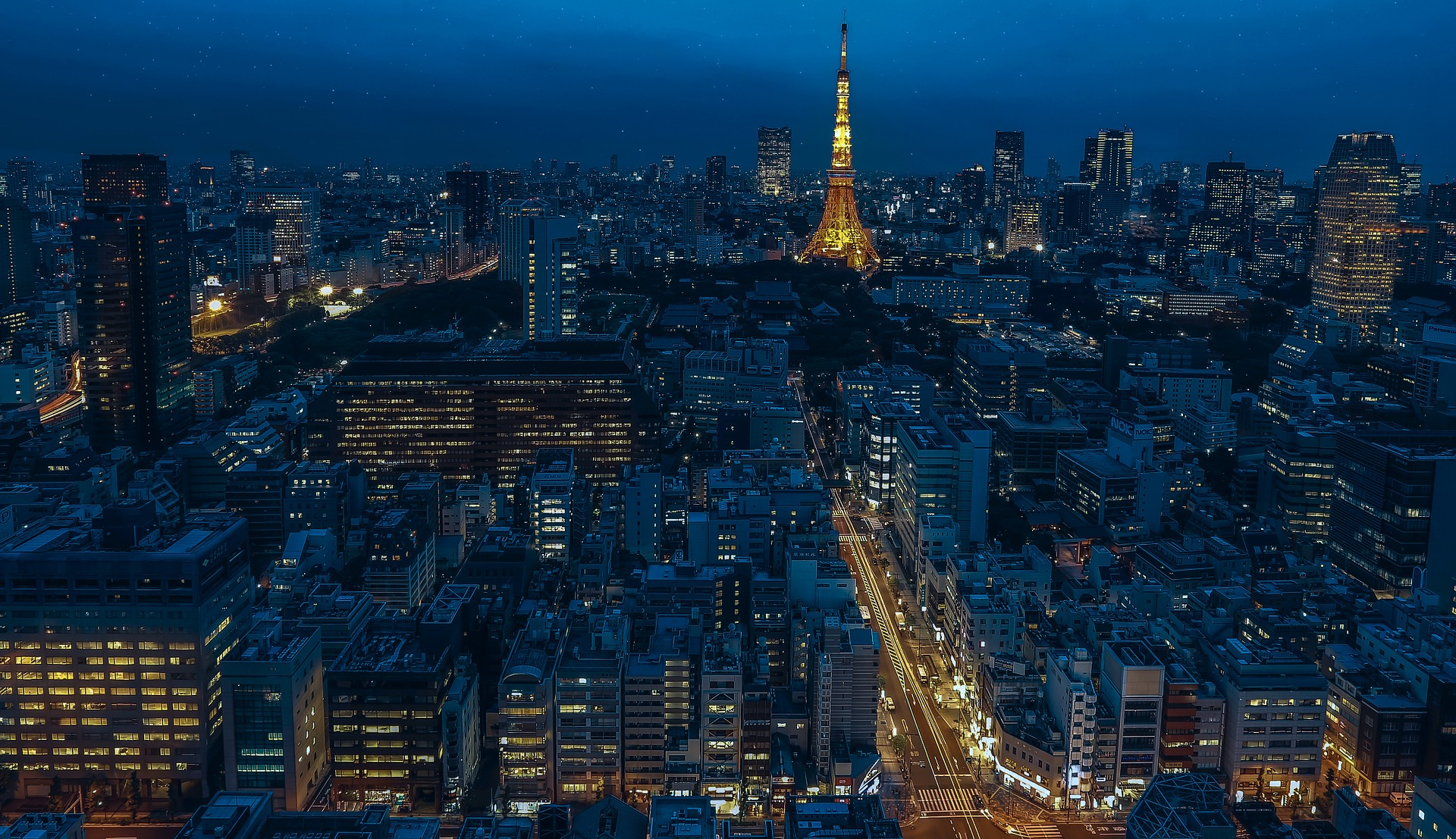 Tokyo Tower view by night